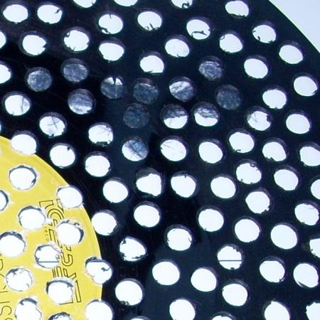 """""""0"""", 1999, LP durchbohrt, ∅30cm, Detail"""
